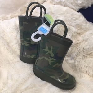 Camouflage rain boots
